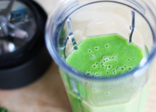 Green Smoothie Recipe with Kale